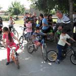 на старта-надбягване с велосипеди